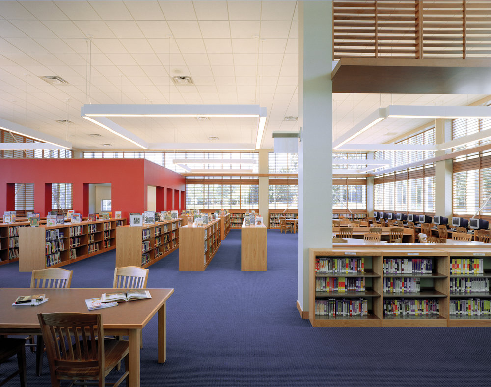 Fairfield+Middle+School_13890_Int+Library+Full_MR.jpg