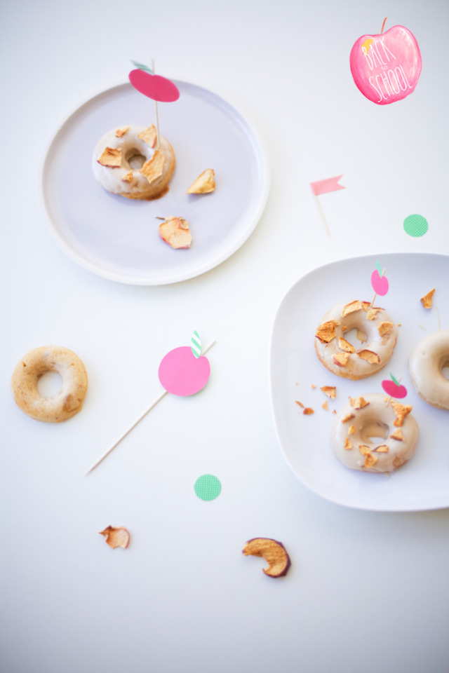 lyndsay-apple-pie-donuts-recipe-logo.jpg