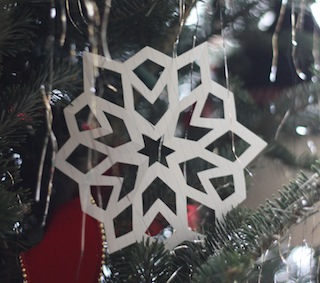 PC_papersnowflakes_1.jpg