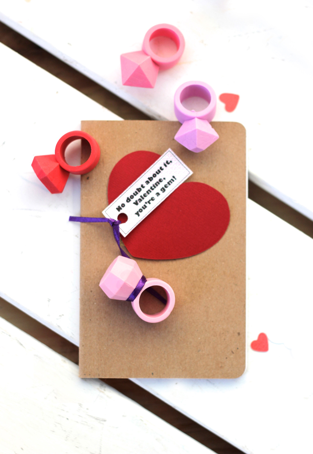 These printable tags make ring candy or ring erasers the coolest valentine! Because easy valentines are the best kind.