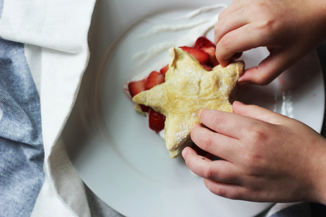 Little fingers won't be able to stay away from these delicious strawberry shortcake stars, the simple, delicious way to use in-season berries.
