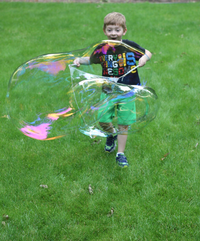 Bubbles are great for every age. You have to try these easy-peesy giant versions!