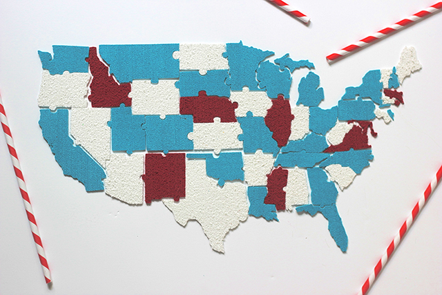 Create your own map of the U.S.! Use Cricut foam and this free pattern.