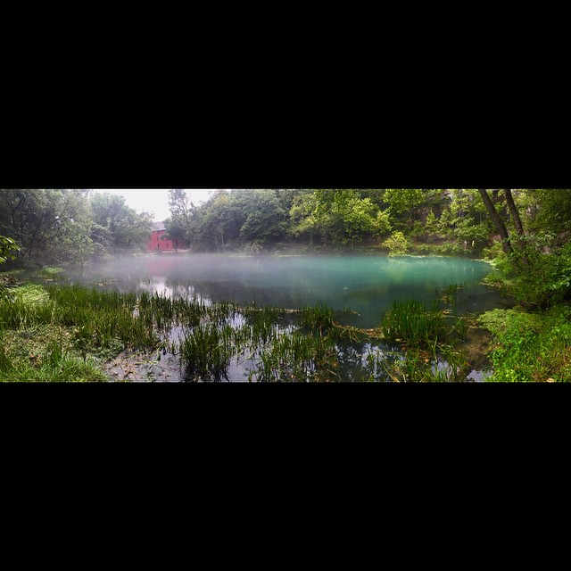 #alleyspringmill #alleyspring #eminenceMO #springfed #mill #missouri #empireeverywhere #foggy #bluewater #jimall #jacksforkriver #floating #gooutside #killyourtv @swoldy_locks #pano #panorama #thegreatoutdoors