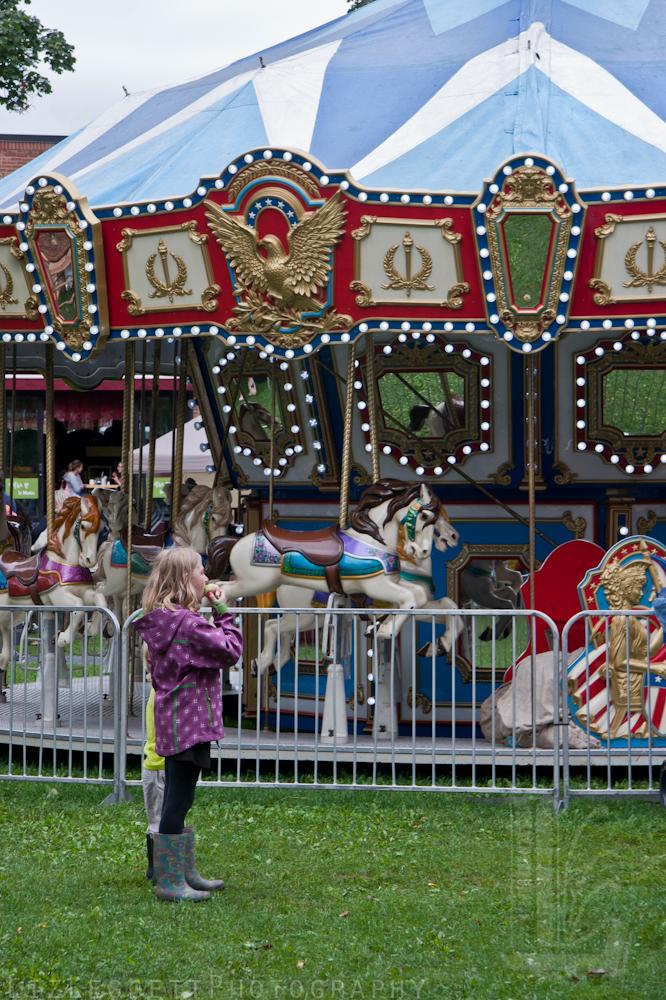 2011_liz_leggett_festival_vieux_metiers_watermarked-51.jpg