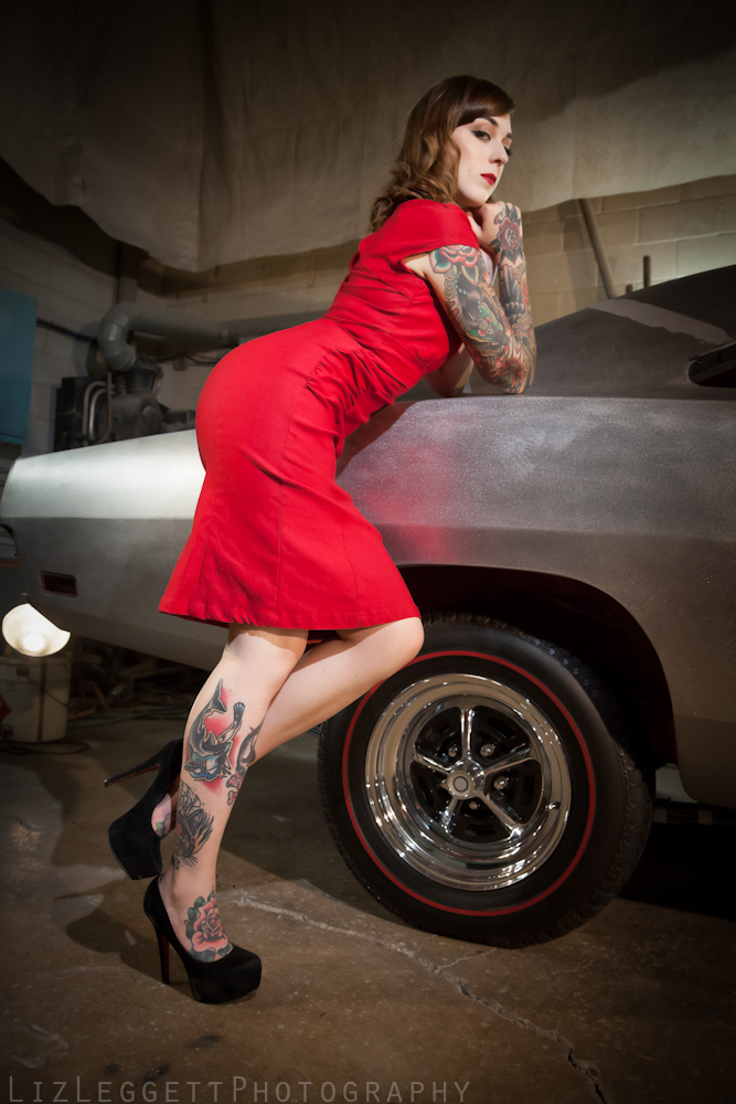 2015_Liz_Leggett_Photography_bare_metal_charger_WATERMARKED--4.jpg