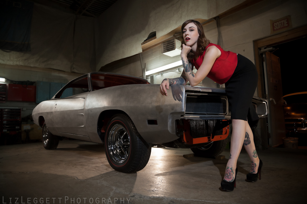 2015_Liz_Leggett_Photography_bare_metal_charger_WATERMARKED-.jpg