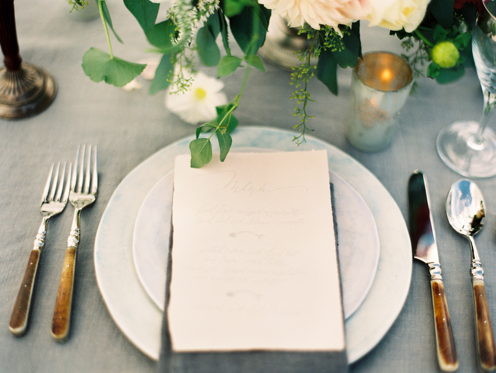 Beach Elopement Tablescape by Mitchell Willis Events and Lauren Kinsey Photography