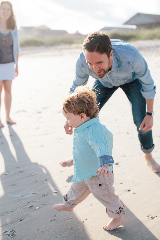 Adams-Family-Holden-Beach_Grain-and-Compass-42.jpg