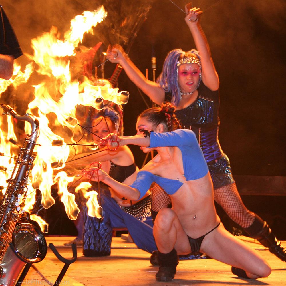 Performers-012.jpg