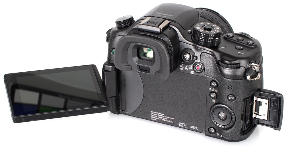 panasonic-gh4-back.jpg