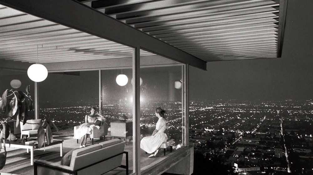 Case Study House #22 designed by Pierre Koenig and photographed by the famous Julius Shulman. Then...