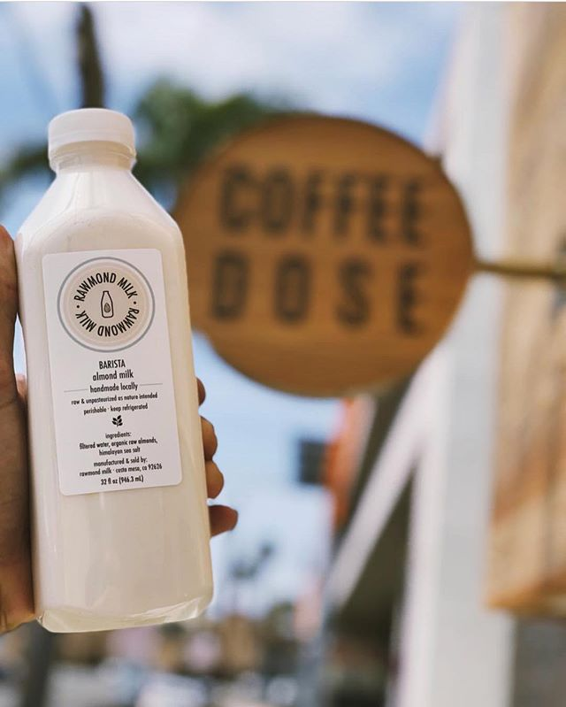 Good days start with good #coffee and what pairs better with ☕️ than fresh #raw almond milk ✌🏽 We are so excited to be supplying Coffee Dose in Costa Mesa! Happy Friday! pc: @coffeedosecm