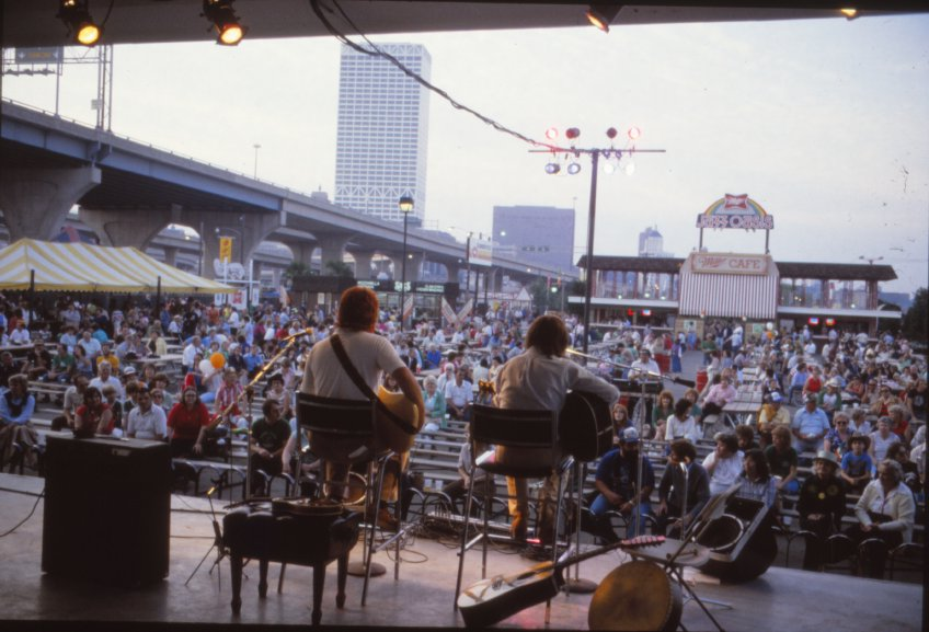 Irish Brigade in 1981 at the first annual Milwaukee Irish Festival. Photo credit: Milwaukee Irish Festival