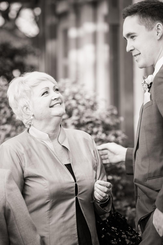 wedding_mother_son.jpg