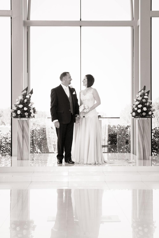 Wedding_photographer_sanctuary_cove_6.jpg