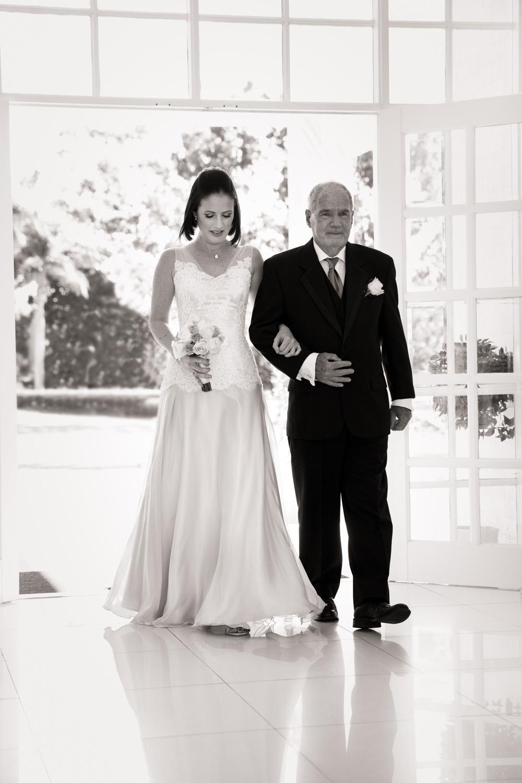 Wedding_photographer_sanctuary_cove-3.jpg