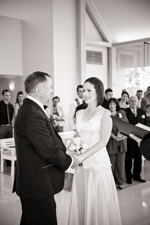 wedding_photographer_santuary_cove-4.jpg