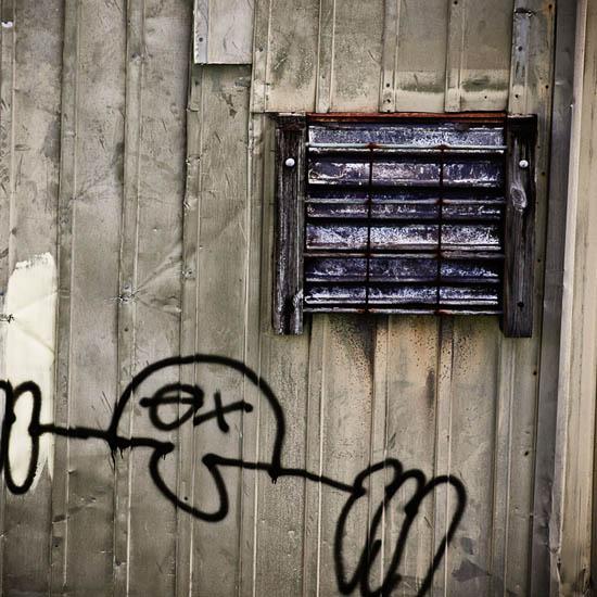 neworleans_graffiti_08.jpg