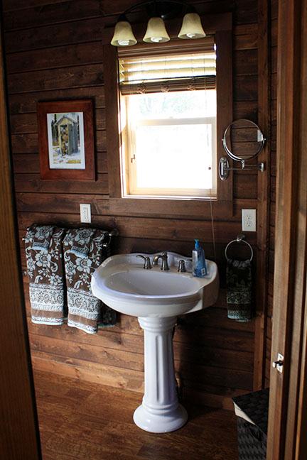 Cabin4_sink.jpg