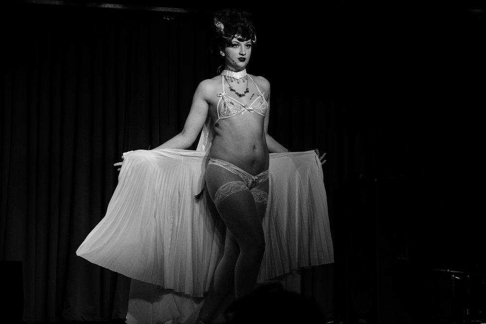 Ballentines Burlesque (35 of 55).jpg