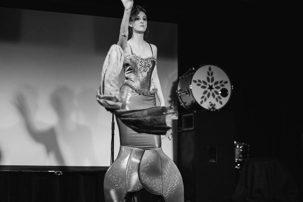 Ballentines Boolesque (3 of 68).jpg