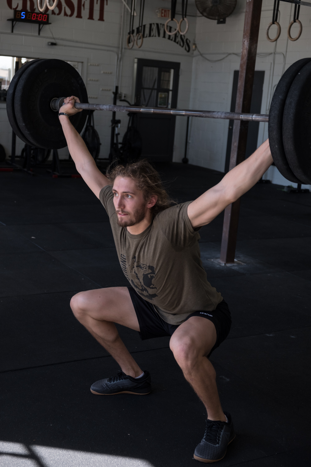 Hanley completes and olympic lift.