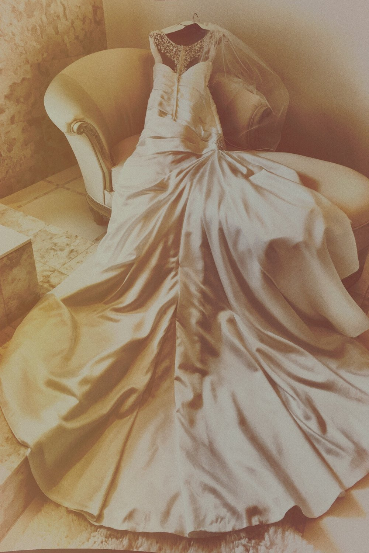wedding+dress.jpg