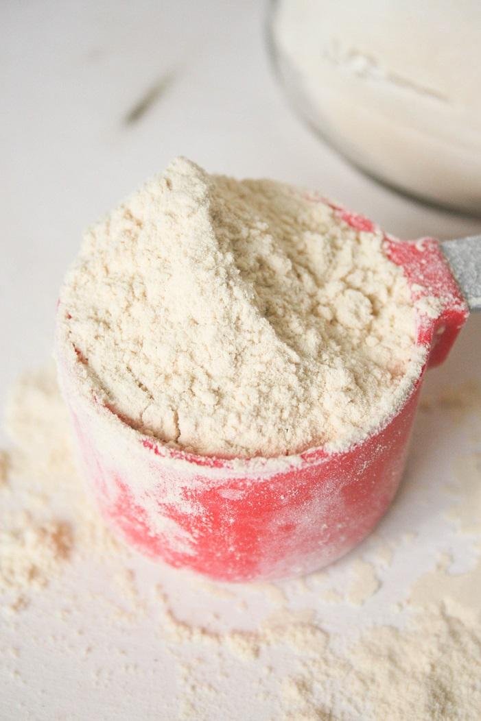 Hormone balancing protein powder