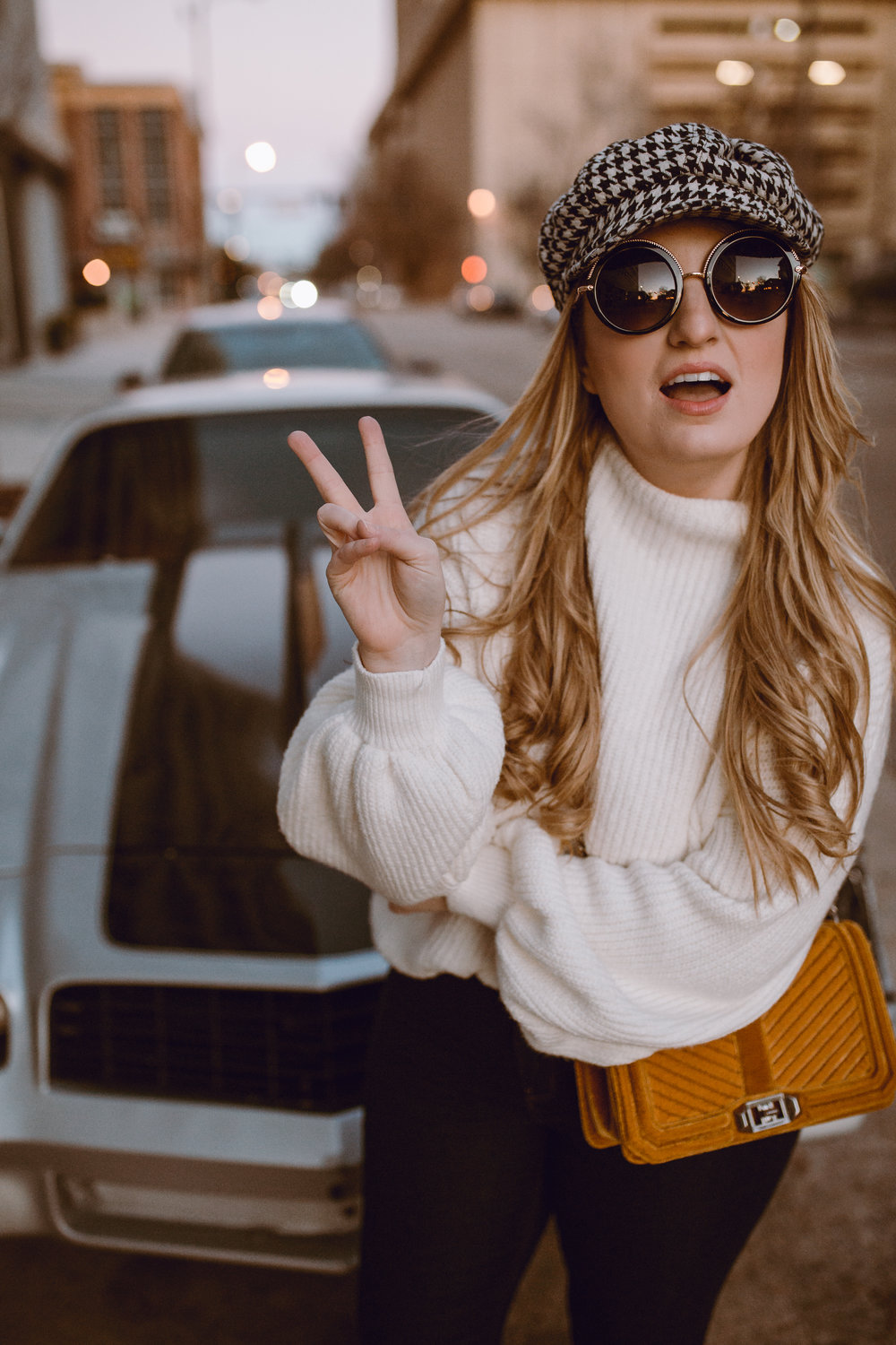 how to style a 70's retro look