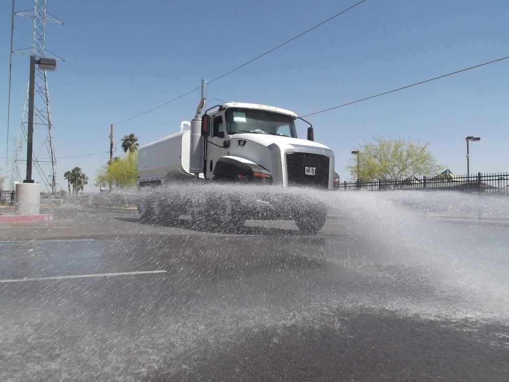 Water_Truck_Tandem_CAT_5.jpg