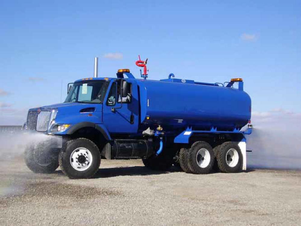 4000-gal-Water-Truck-.jpg