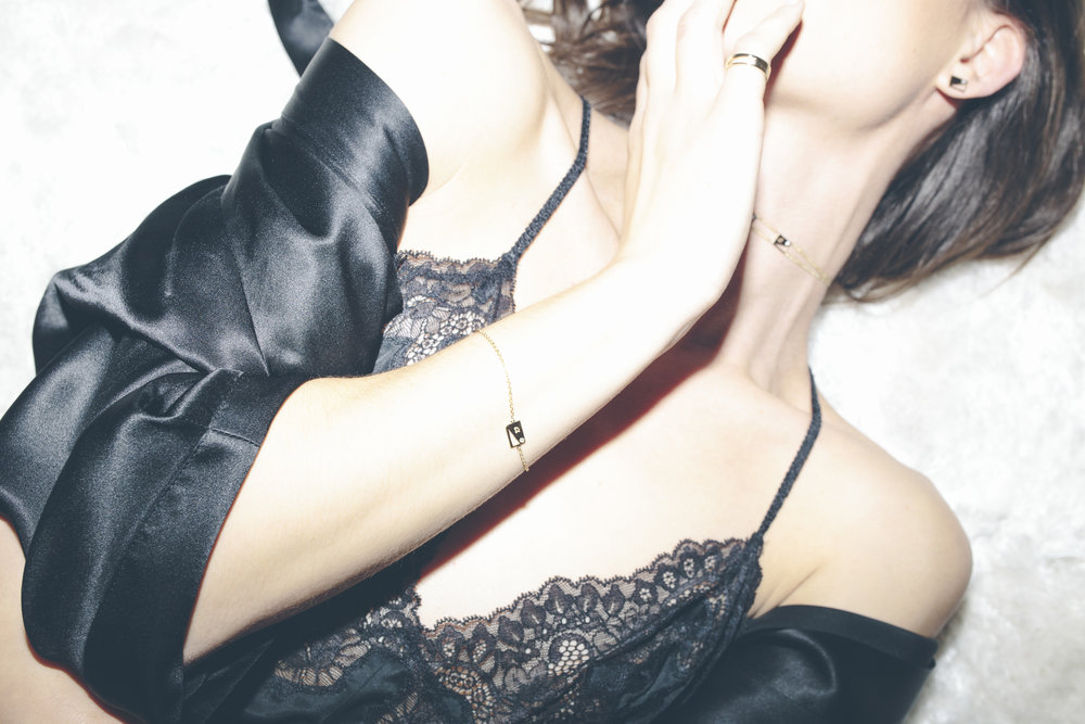 personalized_gold_diamond_jewelry.jpg