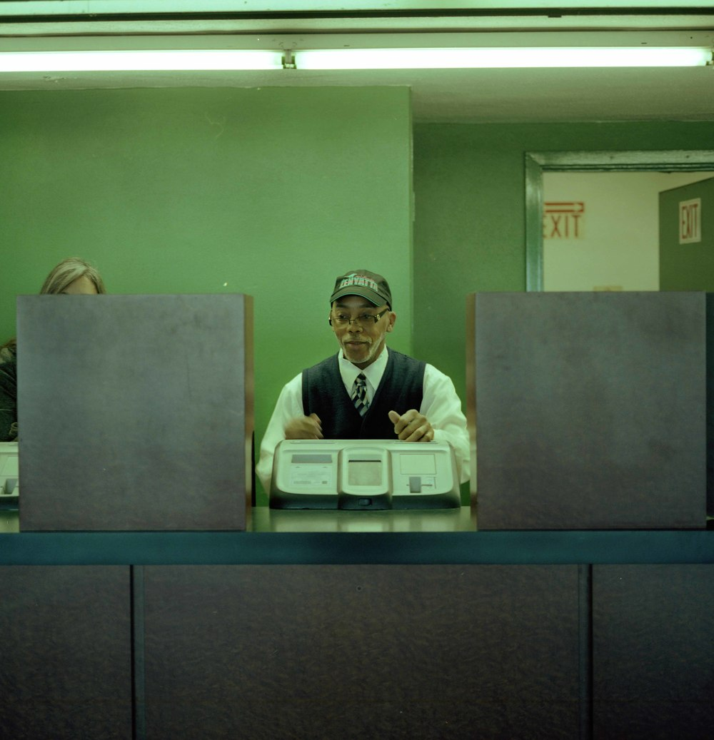 cash teller.jpg