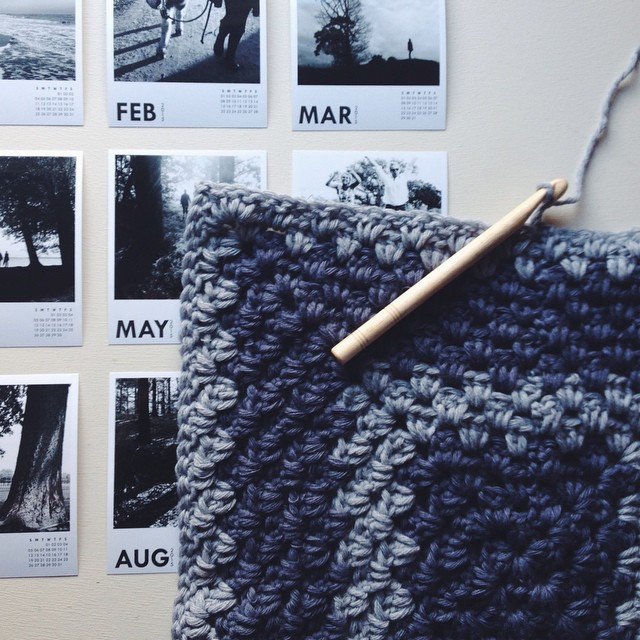 | got sidetracked by crochet. (+ liking my new black 'n white calendar I 'won' over @totheleonie's blog 👍)