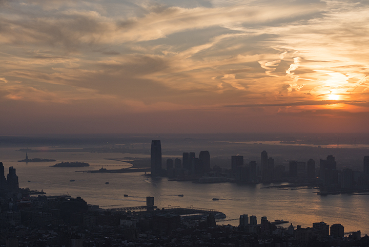 NY Sunset from Empire State Bdg. Nikon D800 - Nikkor 80-200 AF-D