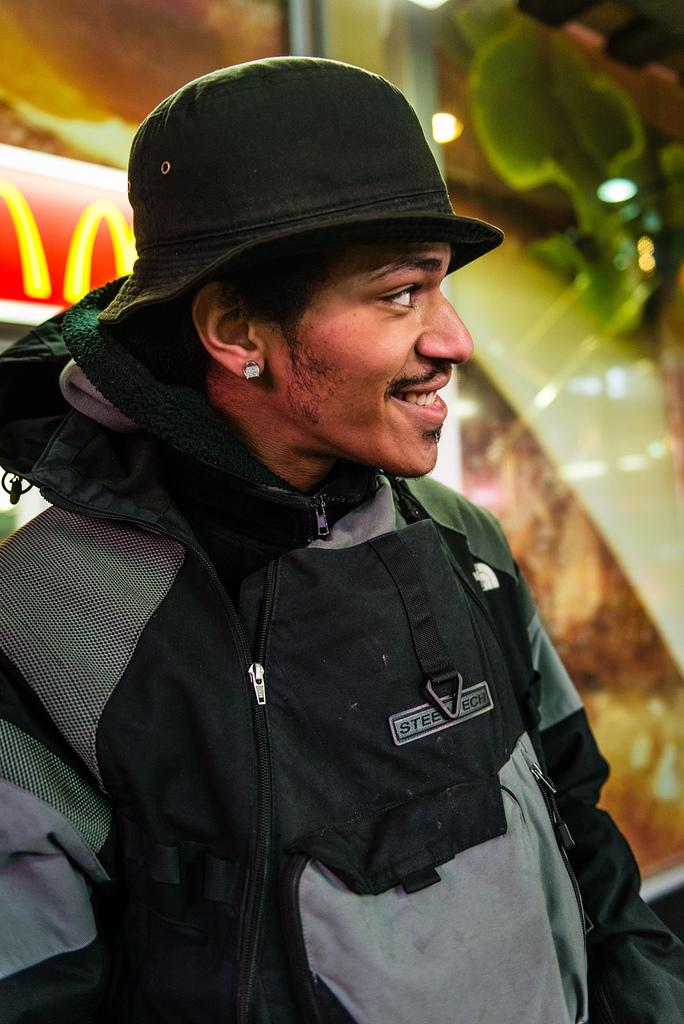 NYC Latin American Hip Hop Star Nikon D800 - Nikkor 24-70 f/2.8 AF-D @ 32mm f/2.8