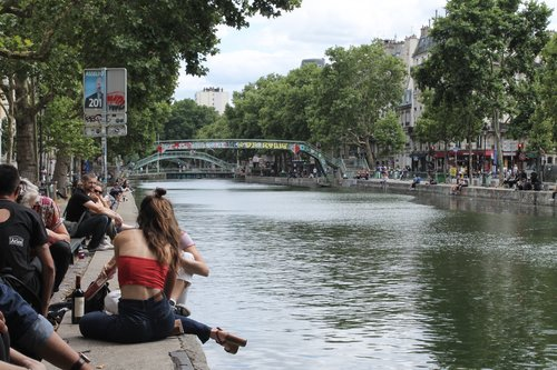 Paris-Is-Just-Not-That-Into-You-Canal-St-Martin.jpeg