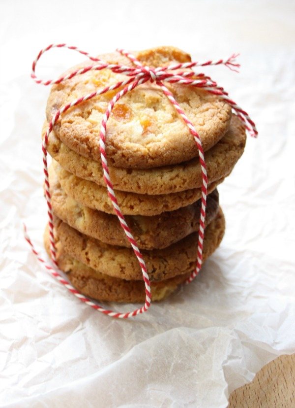 Apricot, ginger and white chocolate cookies