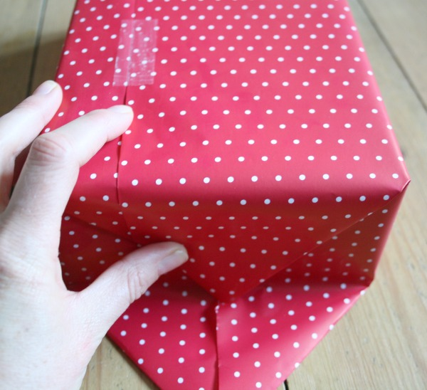 How to wrap a present | Really Pretty Useful