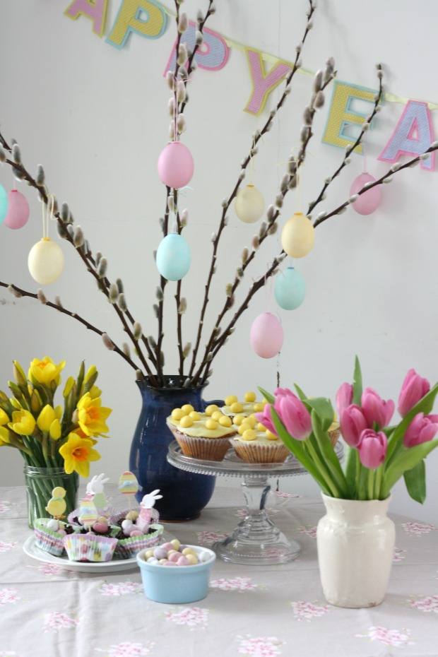 Make how to dye easter eggs really pretty useful - Easter egg tree decorations ...