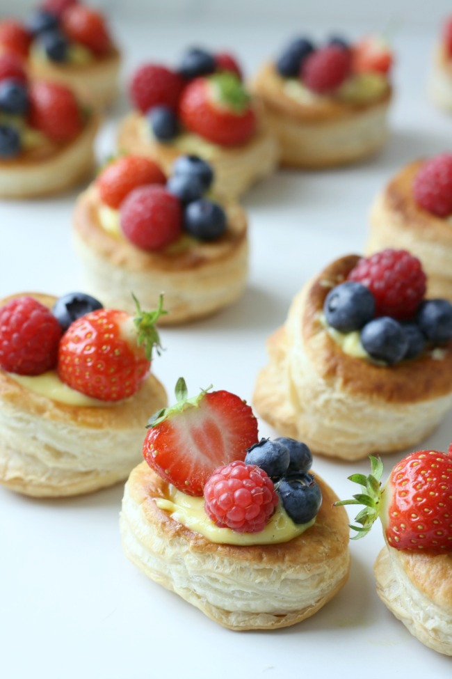 Easy summer berry tarts