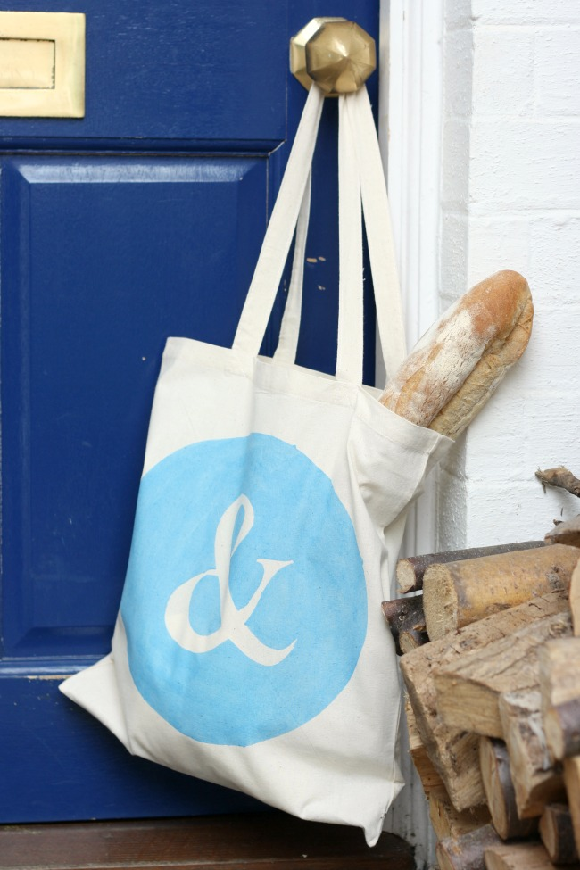 Hand painted tote bags (with free printable stencils) | Really Pretty Useful