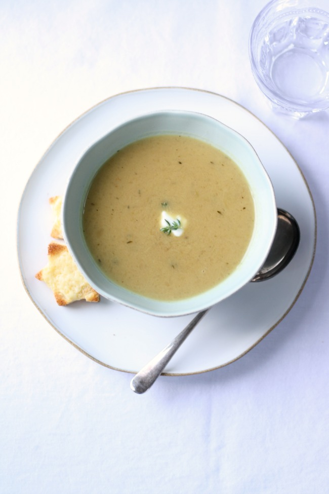 Sweet onion and thyme soup