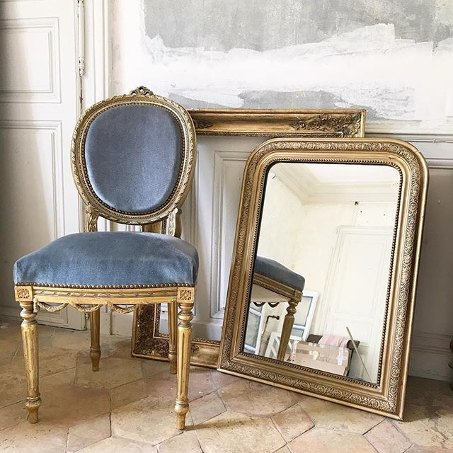 So excited by today's Brocante bargains! I'm posting more regularly now over @chateaudelaruche though I can't quite let go of this account and you lovely lot x