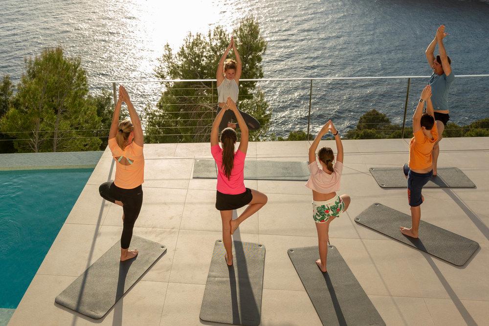 yoga_04.jpg