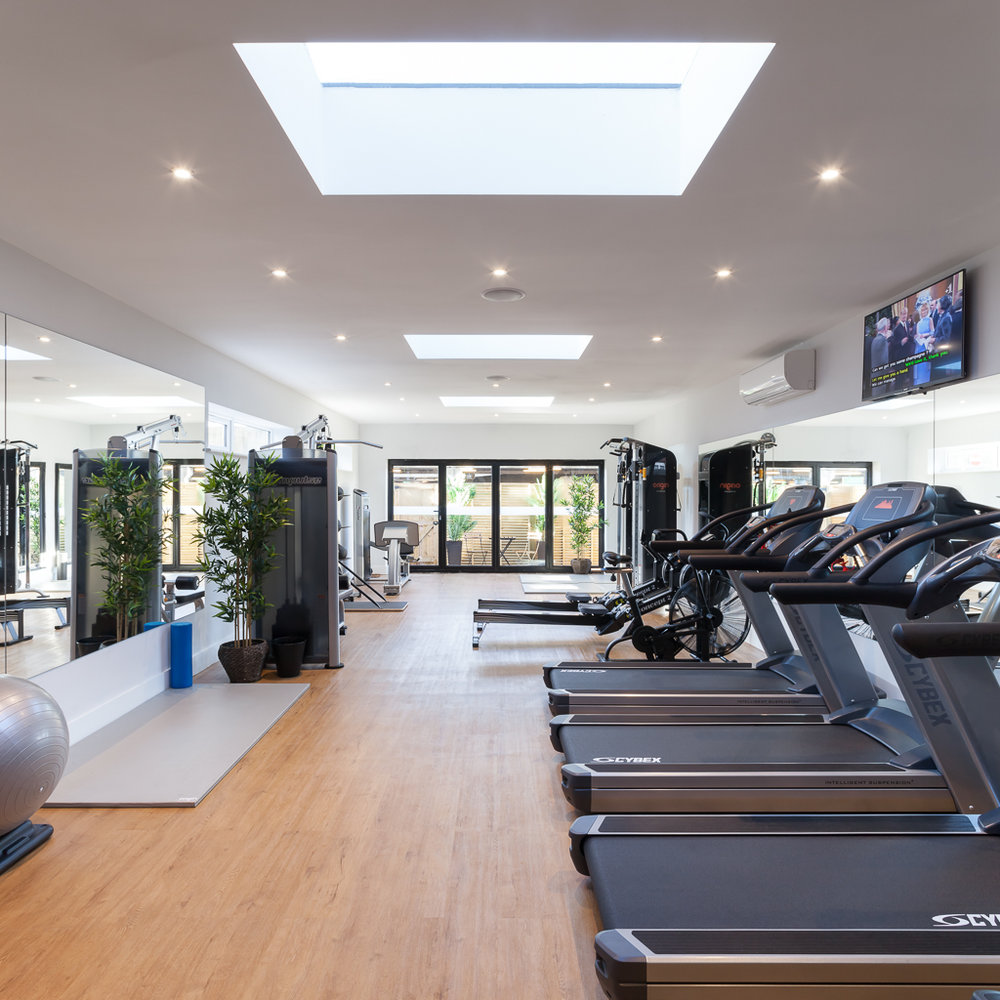 The 225 Club Gym Location: Cobham, Surrey Floor Area: 360m2  Budget: £250,000 Client: The 225 Club View More