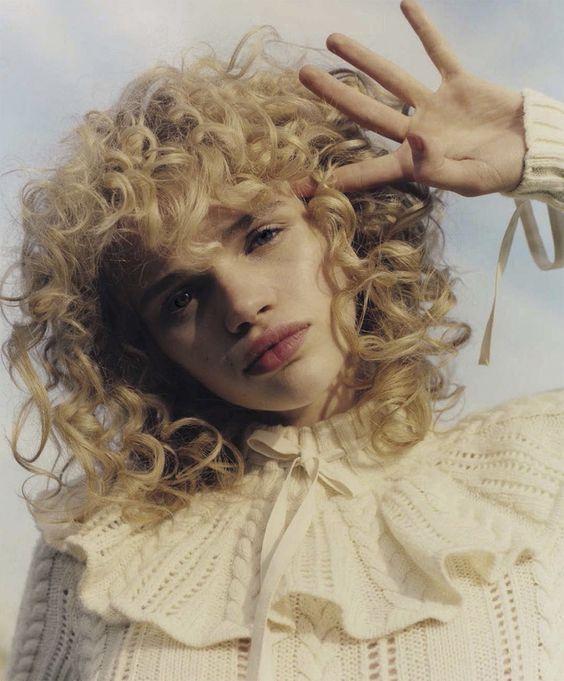 curly hair 4.jpg