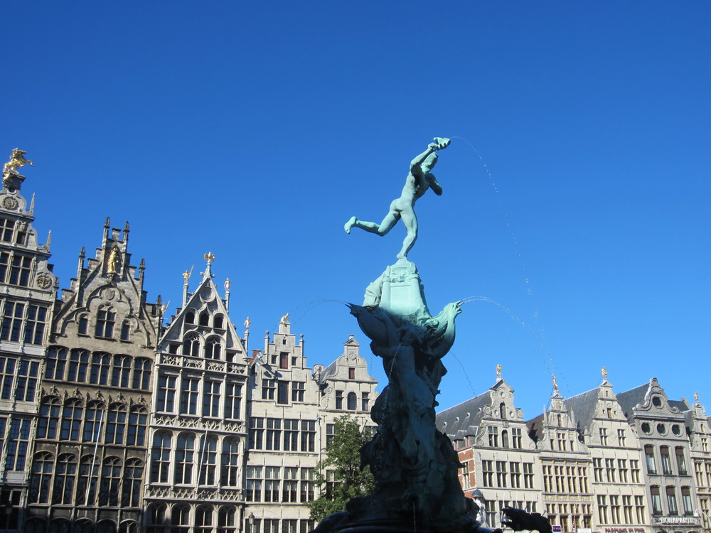 Learn how Antwerp came to be known for HAND THROWING