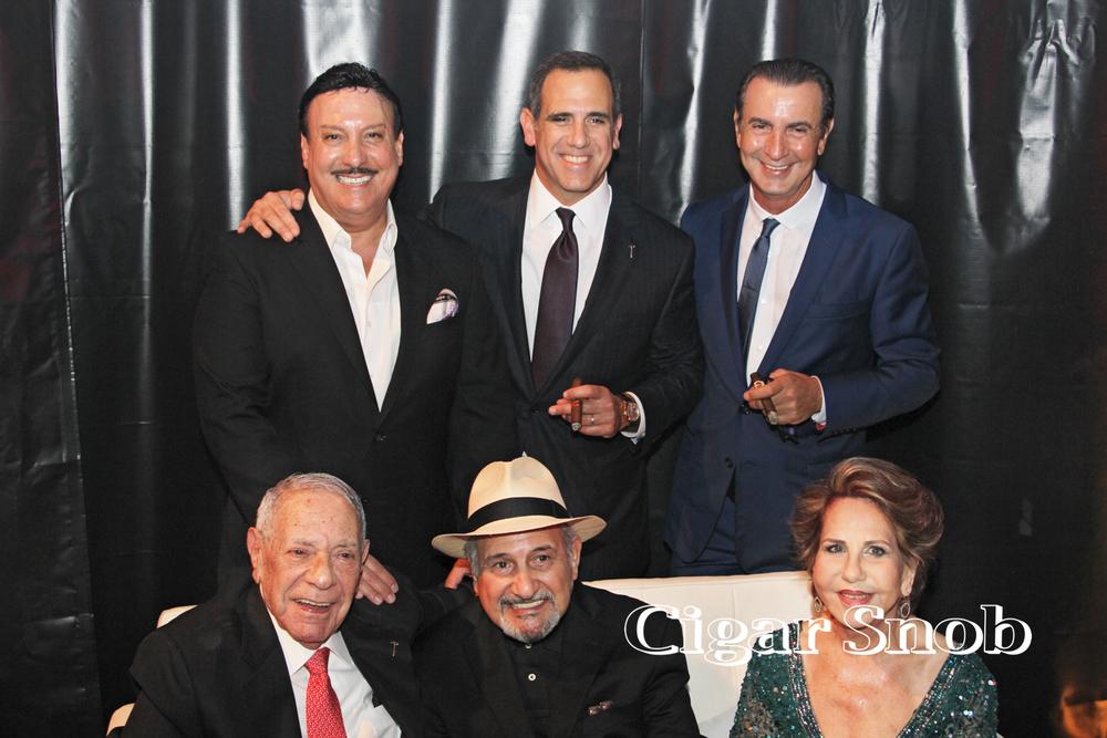 (Top) Carlos Fuente, Jr., Jorge Padrón, Litto Gómez (bottom) José Orlando Padrón, Carlos Fuente, Sr. and Flory Padrón.